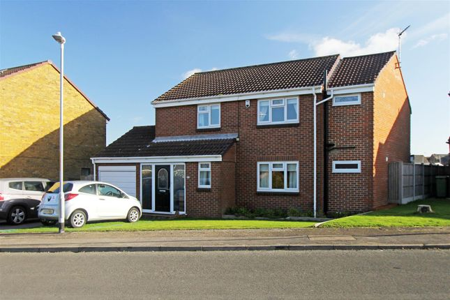 Thumbnail Detached house for sale in Fallowfield, Sittingbourne