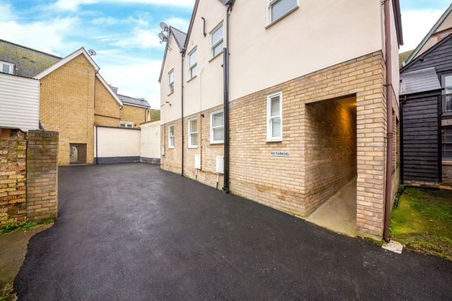 2 bed flat to rent in Talbot Yard, Melbourn Street, Royston