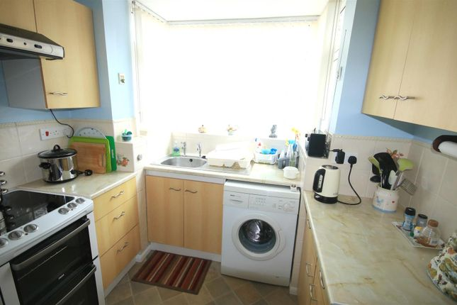 Kitchen of The Boulevard, Edenthorpe, Doncaster DN3