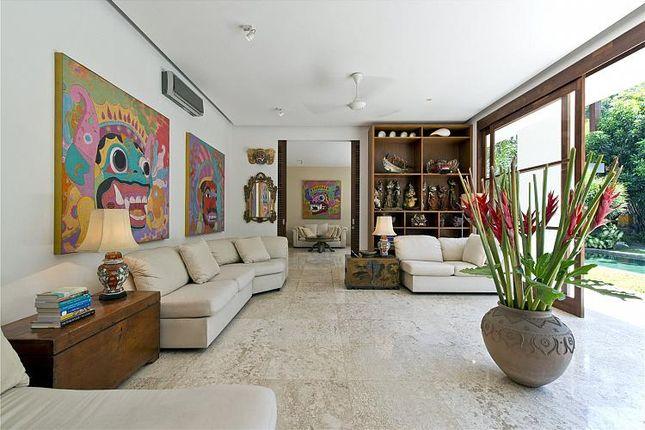 Thumbnail Villa for sale in Multi Level Villa, Petitenget, Bali, Indonesia, Indonesia