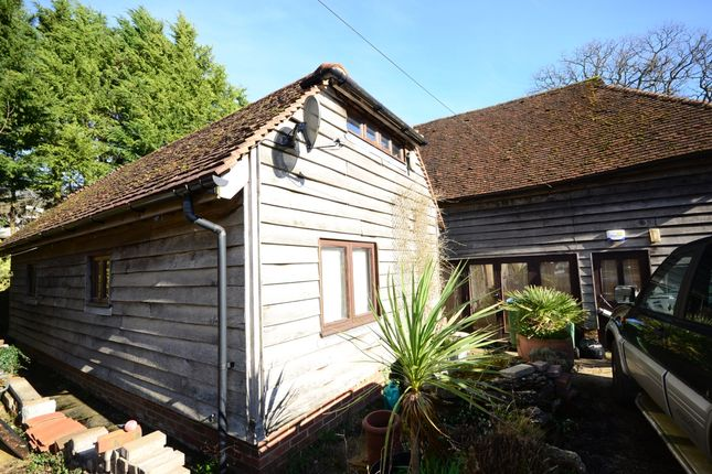 1 bed barn conversion to rent in Trout Lane, Brooks Green, Horsham RH13