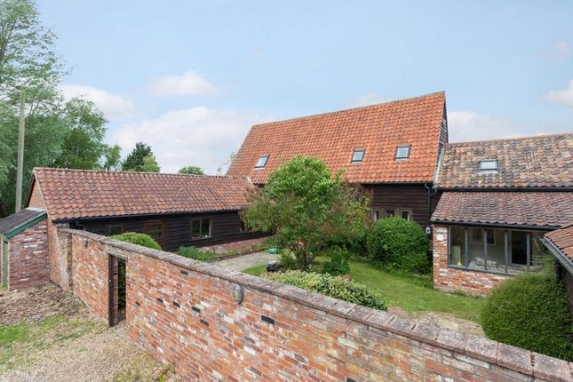 Thumbnail Barn conversion for sale in Church Road, Ringsfield, Beccles