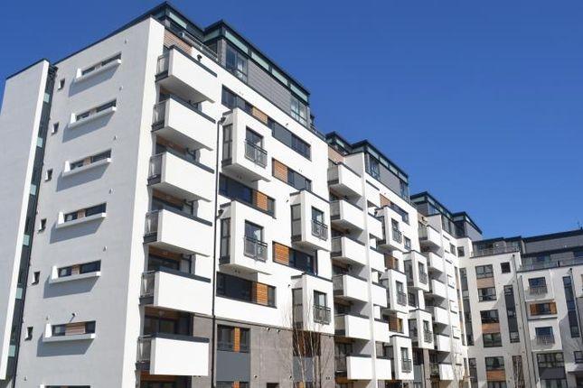 Thumbnail Flat to rent in Colonsay View, Edinburgh