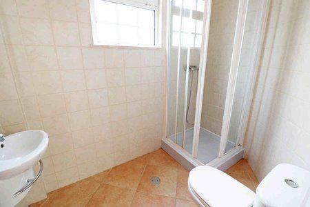 Image 8 4 Bedroom Villa - Central Algarve, Faro (Pv3541)