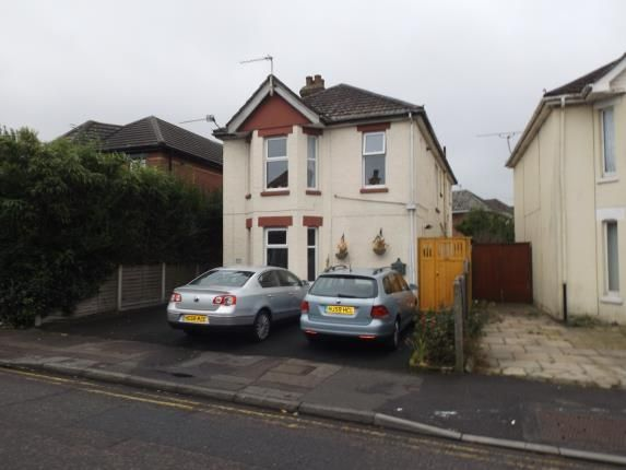 Thumbnail Flat for sale in Richmond Park Road, Bournemouth