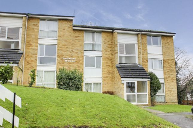 Thumbnail Flat for sale in Lansdowne House, Crofton Way, Enfield