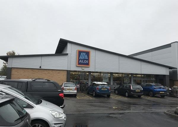 Thumbnail Retail premises for sale in Unit A Three Lakes Retail Park, Bawtry Road, Selby