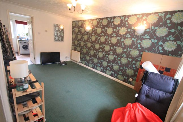 Thumbnail Property to rent in Malthouse Green, Luton