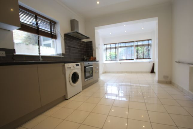 1 bed terraced house to rent in Plough Lane, Wimbledon SW19