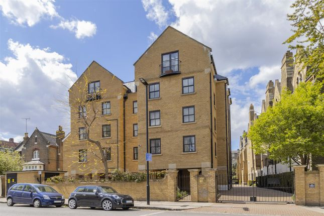 Thumbnail Flat for sale in Wordsworth Place, London