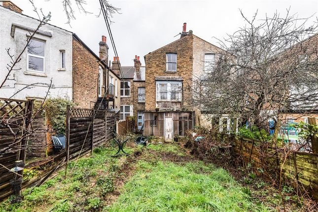 Garden of Gleneagle Road, London SW16
