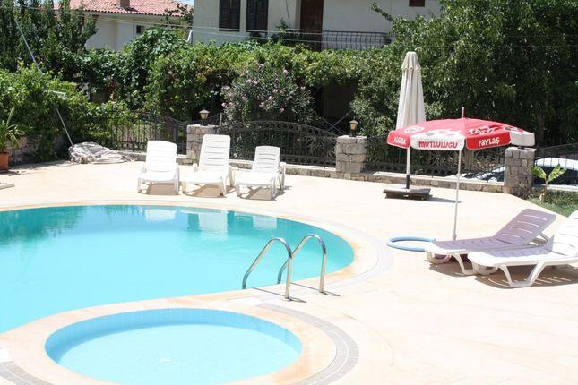 Swimming And Paddling Pools