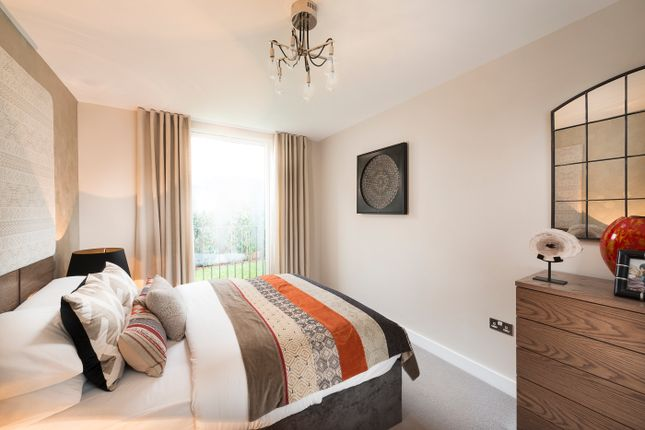 Thumbnail Flat for sale in Woodside Square, Woodside Avenue, Muswell Hill, Londo