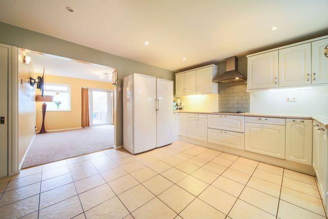 Thumbnail Semi-detached house for sale in Daffodil Way, Mattishall, Dereham