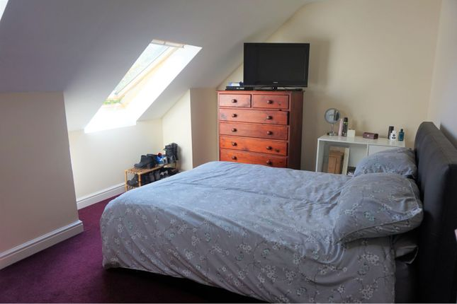 Bedroom of Otley Old Road, Leeds LS16