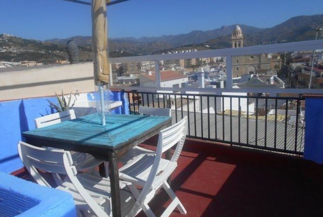 2 bed town house for sale in Almuñécar, Granada, Spain