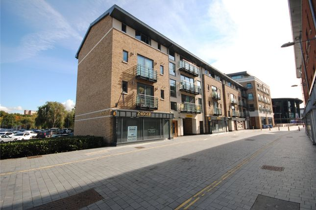 Thumbnail Flat for sale in Bond Street, Chelmsford, Essex