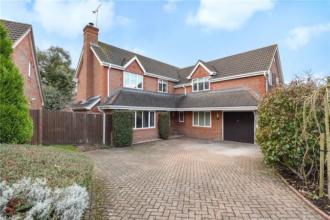 5 bed detached house for sale in Montague Close, Wokingham, Berkshire