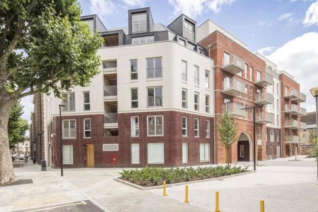 Thumbnail Duplex for sale in Portpool Lane, London