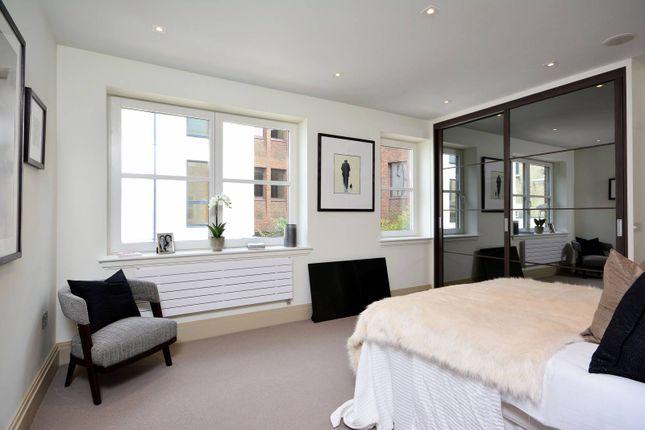 2 bed flat to rent in Merevale House, Richmond