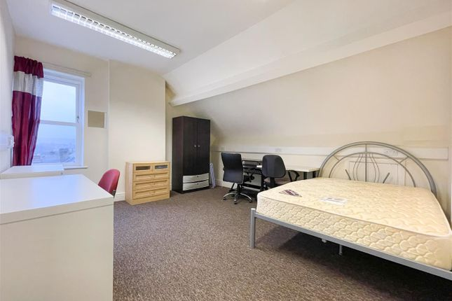 Thumbnail Property to rent in Clarkegrove Road, Sheffield