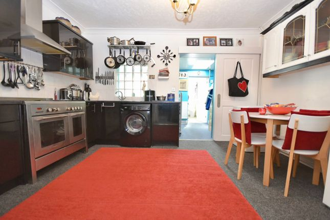 Thumbnail Terraced house for sale in Gladstone Street, Desborough, Kettering