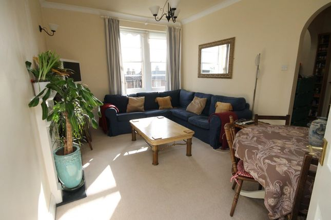 2 bed flat to rent in Apsley Road, Clifton, Bristol BS8