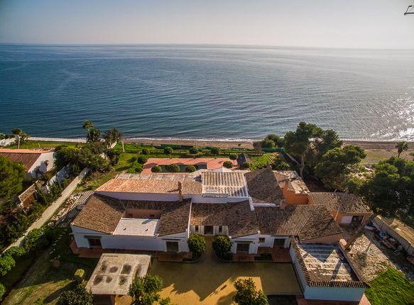 Thumbnail Villa for sale in Spain, Andalucía, Málaga, Estepona