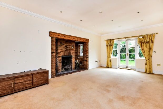Thumbnail Property to rent in Rossendale Close, Clay Hill, Enfield