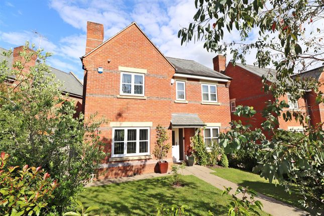 Thumbnail Detached house for sale in Rosemary Drive, Napsbury Park, St. Albans