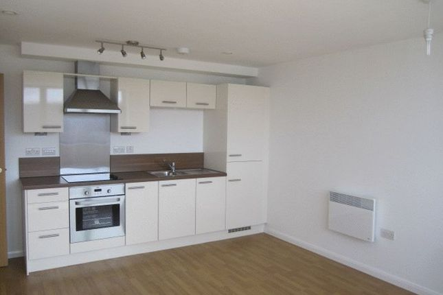 1 bed flat to rent in Mann Island, Liverpool