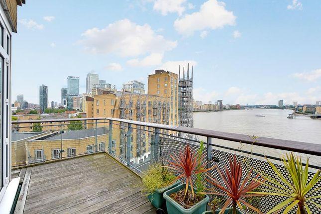 Thumbnail Flat to rent in Narrow Street, London