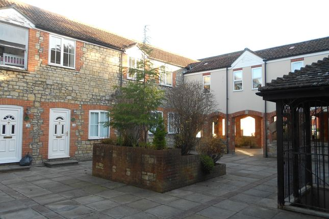 Thumbnail Flat to rent in Vineys Yard, Bruton