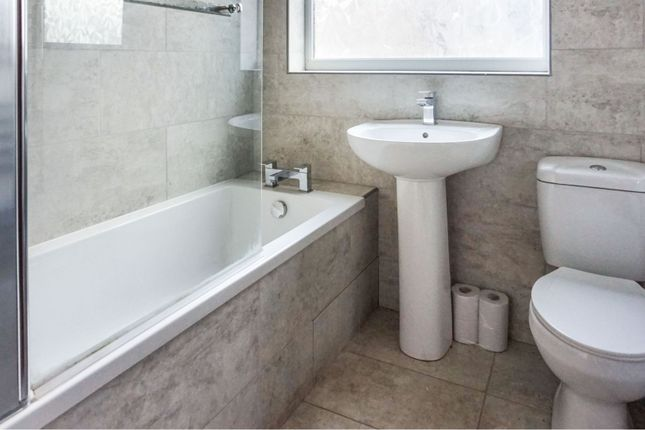 Bathroom of Peaksfield Avenue, Grimsby DN32