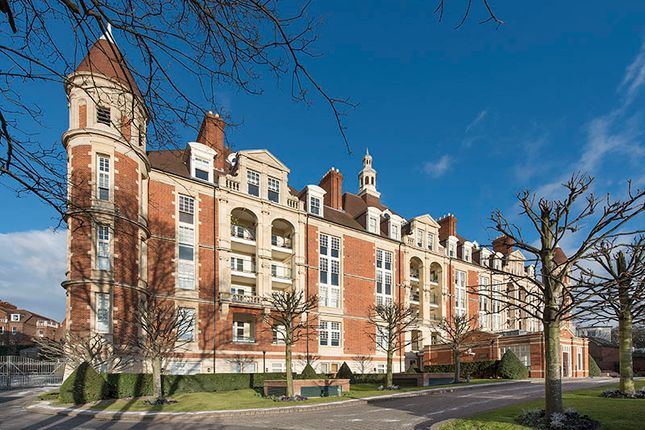 Thumbnail Flat for sale in Frognal Rise, Hampstead Village