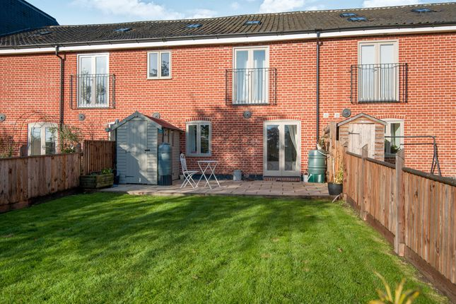 Thumbnail Flat for sale in Station Road, Pulham St. Mary, Diss