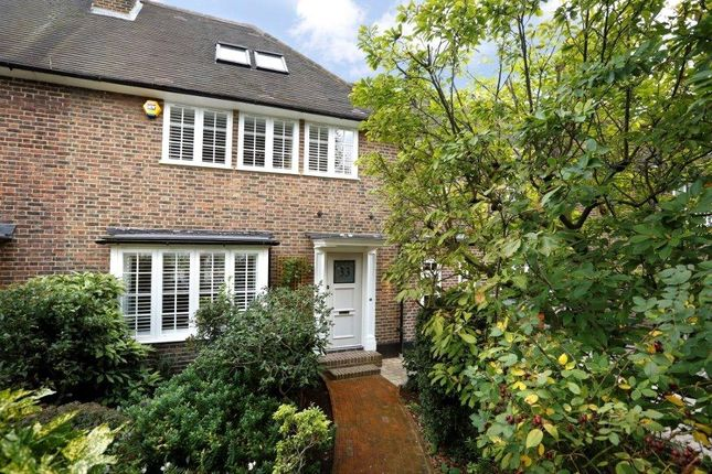 Terraced house for sale in Herondale Avenue, London