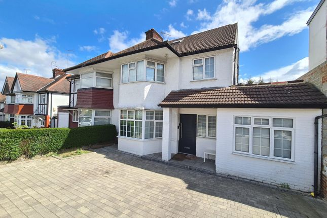 Thumbnail Property for sale in Rowsley Avenue, Hendon