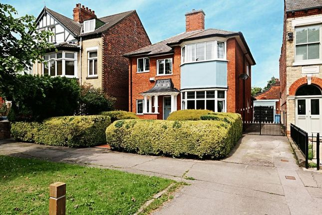 Thumbnail Semi-detached house for sale in Park Avenue, Princes Avenue, Hull