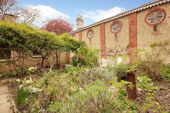 Garden At Back of New Walk, Beverley HU17