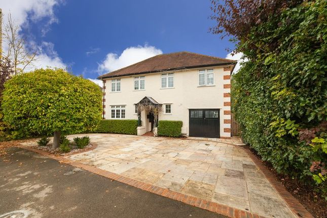 Thumbnail Detached house for sale in West Way, Rickmansworth