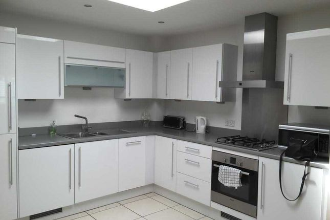 Thumbnail Flat to rent in Flat 13, 293-295 Main Road, Sidcup