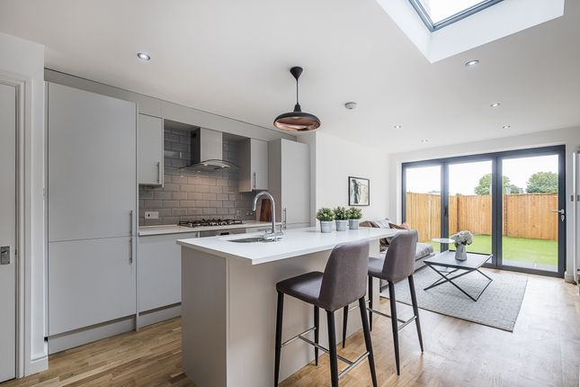 Thumbnail End terrace house to rent in Wycliffe Road, London