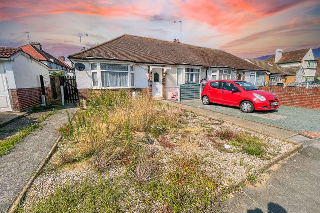 Thumbnail Bungalow for sale in Highview Avenue, Clacton-On-Sea