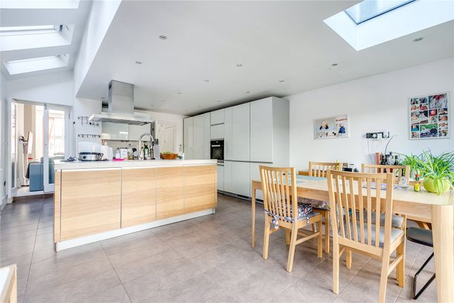 Dining Area of Gaskarth Road, London SW12