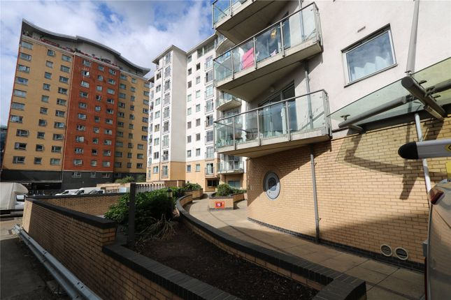 2 bed flat for sale in City View, Centreway Apartments, Ilford IG1