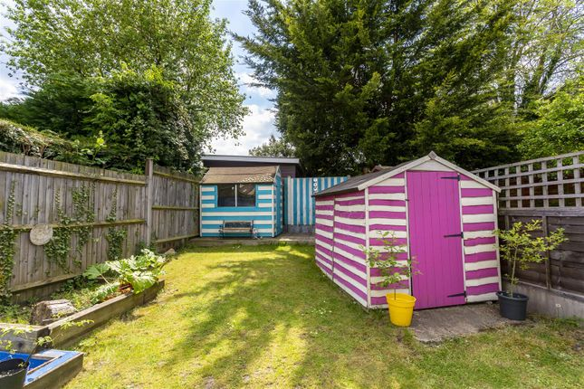 House-Rectory-Lane-Woodmansterne-Banstead-124