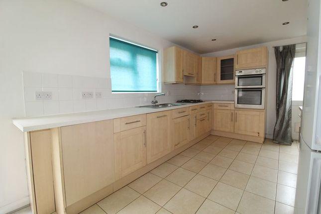 Thumbnail Semi-detached house to rent in Gadebridge Road, Hemel Hempstead