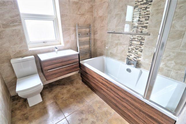 Bathroom of Jones Street, Salford M6