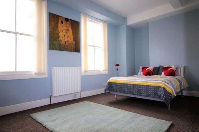 Room 8 of Hazelwood Road, Northampton NN1